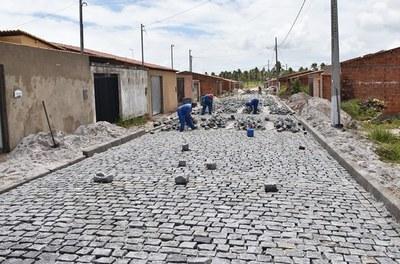 Codevasf assina convênio para pavimentação de ruas em Euclides da Cunha (BA).jpg
