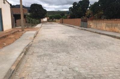 Codevasf beneficia cinco municípios na região de Irecê (BA) com serviços de pavimentação.jpg