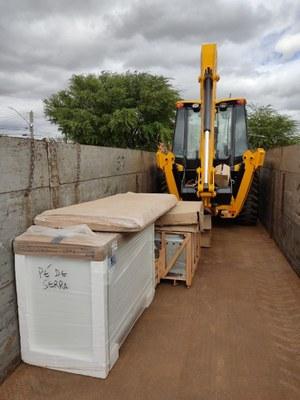 Foto 2 - Entrega equipamentos em Pé de Serra (BA).jpg
