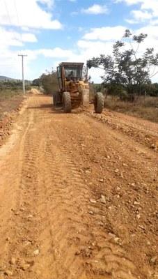 Recuperação de estradas no projeto Estreito beneficia produtores e moradores da região de Urandi (BA) 2